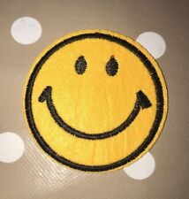 Smiley Face Embroidered Iron Transfer Sew On Patch Clothes Bag T Shirt Badge X 1