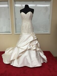 * ST.PUCCHI by Rani,wedding Bride DRESS,#9373,SZ 12,COUTURE,Crystal BEADS,25*
