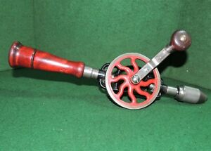 Vintage MILLERS FALLS No. 2 EGG BEATER HAND DRILL **NICE-N-CLEAN**