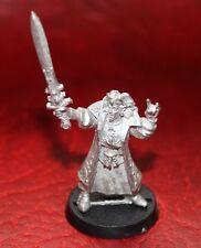 Warhammer HIGH ELF MAGE con espada (metal) Sin Pintar