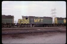 35mm slide MKT Missouri-Kansas-Texas Railroad EMD GP40 183 Fort Worth TX USA1986