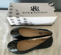 Woman's R & R Flat Shoe Size 9 New With Box