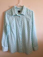 5456) TALBOTS Medium M button down shirt blouse cotton blue seahorse print M