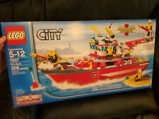 LEGO City Fire Boat Ship 7207 Ages 5-12 306 pieces BRAND NEW RETIRED RARE