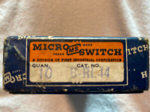 Box Of 10 Micro Switch Switches B-RL44 MS New Old Stock - Never Used
