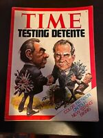Time Magazine July 1 1974 Testing Detente Pat Nixon String Bikinis