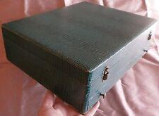 Coffre ménagère métal argenté ou argent 64 pièces - à restaurer vendu en l'état