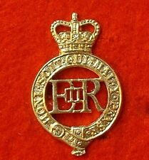 THE HOUSEHOLD CAVALRY REGIMENT CAP BADGE  ARMY BADGES