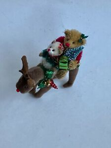 "DEB CANHAM'S ""HAPPY HOLIDAYS""  CHRISTMAS COLLECTION W/ REINDEER, MOUSE & BEAR 5"""