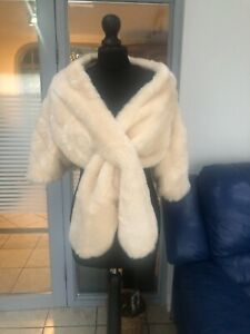 Debenhams faux fur cream shawl wrap