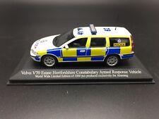 1/43 Minichamps 433171893 Volvo V70 Estate Police diecast 1:43