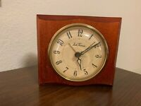 VINTAGE SETH THOMAS ELECTRIC CLOCK BEVERLY MADE IS USA