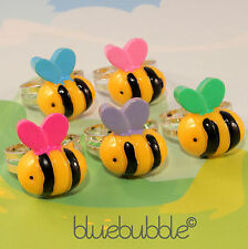 Funky ocupado Bumble Bee Anillo Lindo Bug Insectos Divertidos Kitsch Retro Novedad Animal Regalo
