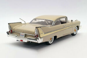 1958 PLYMOUTH FURY BEIGE 1:18 SCALE BY MOTORMAX 73115