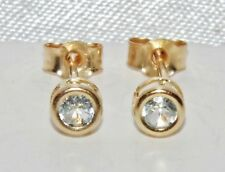 Beautiful 9ct Yellow Gold Aqua Blue Topaz Solitaire Stud Earrings -