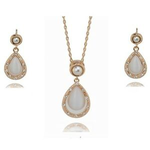 18K ROSE GOLD PLATED AUSTRIAN CRYSTAL, PEARL & CAT-EYE NECKLACE & EARRING SET