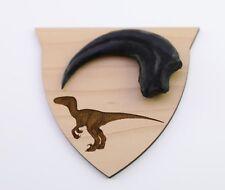 Velociraptor Dino Kralle -ca.10 cm Rückenlänge auf Plakette Deko Fossilien