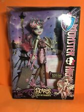 MONSTER HIGH RACHELLE GOYLE SCARIS CITY OF FRIGHTS RARE IN BOX - EN CAJA !