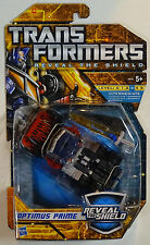 HASBRO® 28570 Transformers REVEAL THE SHIELD Deluxe Optimus Prime