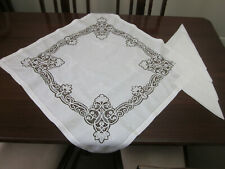 GORGEOUS WHITE COTTON TABLECLOTH WITH BOBBIN LACE INSERTS EMBROIDERY & 4 NAPKINS