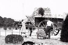WW2 - Fenaison sur le Champ de Mars à Paris en 1941