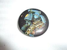 Warhammer 40k Space Marine 30th Birthday Crimson Fist on Black Pin Badge New