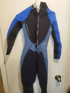 Bare Velocity women's wetsuit 3/2 mm, size 8T