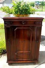 1924 RCA Victor Talking Machine CREDENZA Model Phonograph WORKING W/ Records