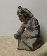 VINTAGE MANOIL BARCLAY LEAD TOY SOLDIER NURSE KNEELING PRAYING WITH CUP OF WATER