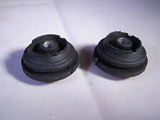RANGE ROVER P38 AIR SUSPENSION COMPRESSOR MOUNTING RUBBERS RVL100000