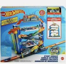 Hot Wheels GNL70 Stunt Garage, Play Set