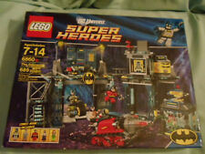 LEGO DC SUPER HEROES-THE BATCAVE-#6860 -689 Pcs.-Brand New
