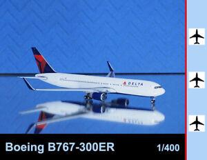 Gemini Jets 1:400 Boeing B767-300ER Delta Air Lines N195DN Aircraft Airplane