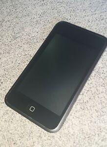Apple iPod touch 1st Generation Black (8GB)