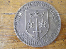 """Objet religieux, médaille Jeanne d'Arc """"Porte-Hélicoptères"""", blason."""