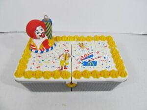 Vtg HASBRO McDonaldland Ronald Musical Birthday Cake McDonald's 1999 Stencil