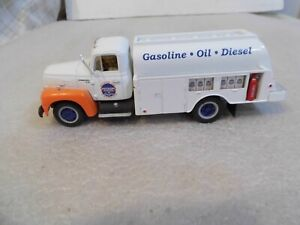 First Gear 1957 International Fuel Tanker Die Cast R-190 Southern States 1/34Sca