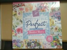 """A BNIP picture perfect 8"""" x 8"""" beautiful blooms pad contains 264 images"""