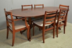 Vintage Retro Extending Dining table and six chairs delivery available