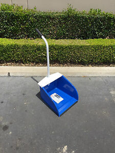 McLane Stand-Up Dust Pan DP5 ( Made In The U.S.A. )
