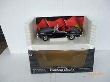 1/18 ERTL EUROPEAN CLASSICS MERCEDES-BENZ 190 SL ROADSTER BLACK NM BOX