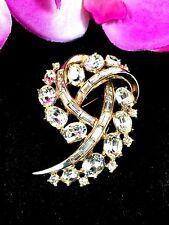 1953 CROWN TRIFARI PHILIPPE GOLDTONE OVAL BAGUETTE RHINESTONE ABSTRACT BROOCH
