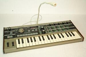 Korg MicroKORG 37-Mini Key Synthesizer Vocoder Keyboard