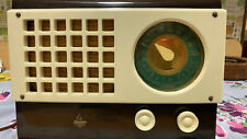 New ListingVintage Working Emerson Catalin Model 520 Am Tube Radio