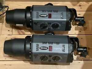Bowens Esprit 500 Studio Flash Head. Good Condition with Tube Cap and Lead.