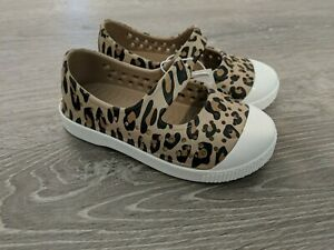 Old Navy Toddler Baby Girls Cheetah Print Shoes Size 8 Slip On, Perforated NWT