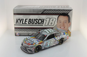 Lionel Racing Kyle Busch 2020 Skittles Zombies 1:24 Nascar Diecast Limited 852