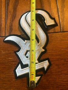 MLB Chicago White Sox 7 1/2 X 3 1/2 Inch Iron On Patch