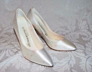 COLORIFFICS DYE-ABLE BRIDAL PUMPS, White Satin w/ STAINS - Create cover w/ beads