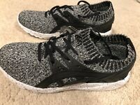 NWOB Men's Asics Gel Kayano Trainer Knit Casual Athletic Shoes Size 7.5 Black